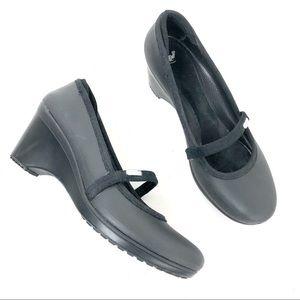 Crocs low heel black Size 9